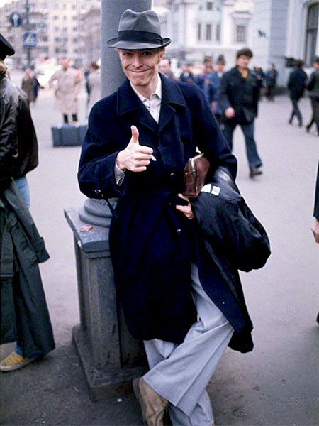 david-bowie-1976_moscow_thumb